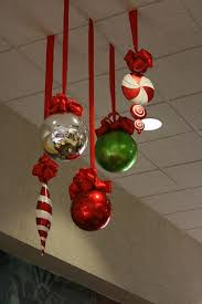 Christmas Decorations Bulk Online by Best 25 Office Christmas Decorations Ideas On Pinterest