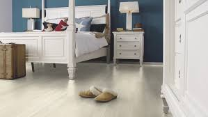 Bleached White Oak Laminate Flooring Wineo Laminate Wineo 300 White Oak