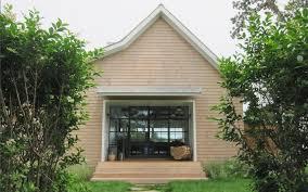 sag harbor boat house modern hamptons architect