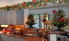 Decorating Above Kitchen Cabinets Pictures by Kitchen Should You Decorate Above Kitchen Cabinets Ceiling