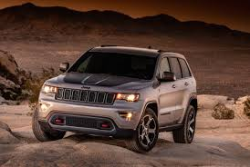 matchbox jeep cherokee 2017 jeep grand cherokee trailhawk leaks out early performancedrive
