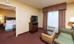 Hotel Suites With 2 Bedrooms Rooms And Suites At Homewood Suites Portland Me Hotel