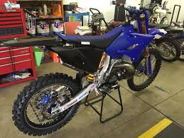 whats the big differences between the yz250 u0027s moto related