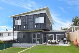 Luxury Container Homes  Container Homes  PopUp Shops