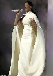 katy perry wedding dress katy perry copies solange knowles wedding dress for grammy s 2015