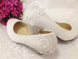 wedding shoes low heel pumps 2013 new arrival mesh lace thick heels low heel ivory white lace