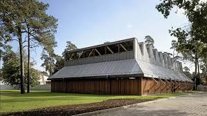 Grundst K F Hausbau Kaufen Tennishalle Der Jurmala Residenz Gmp Architekten Von Gerkan