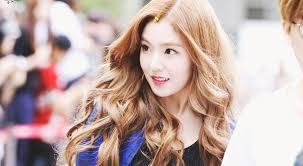 waivy korean hair style red velvet irene s wavy hair kpop korean hair and style