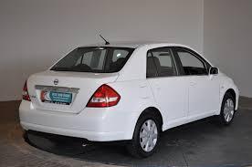 nissan tiida hatchback 2005 nissan tiida cars news videos images websites wiki
