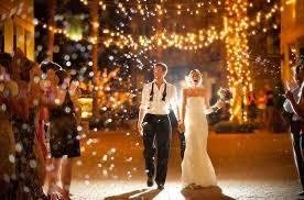 unique wedding photos winning wedding photos week 2 winner in weddingland