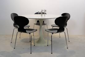 Knoll Dining Table by Is This A Genuine Saarinen Tulip Coffee Table
