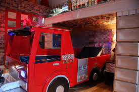 can volunteer firefighters have lights and sirens fire truck bed with working lights and siren firefighter room