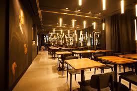 Wohnzimmer Bar Restaurant Bar Wohnzimmer München Seldeon Com U003d Elegantes Und Modernes