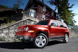 green jeep patriot refreshed 2011 jeep patriot road reality