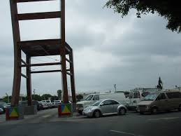 Biggest Chair In The World 6 Story Random Chair In Parking Lot From Parking Structure Mapio Net