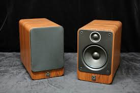 What Hifi Bookshelf Speakers Q Acoustics Model 2020i Bookshelf Speakers New