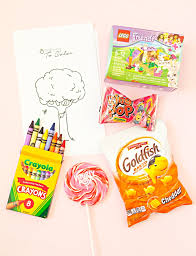 wedding favors for kids make these kids wedding favors free coloring pages