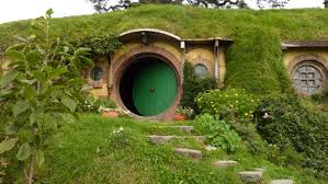 real hobbit house anthony crysler s real movie inventions real hobbit house