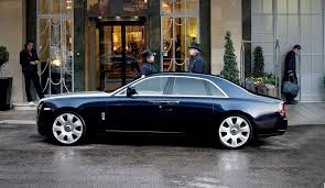roll roll royce chauffeured car hire london rolls royce ghost llc cars