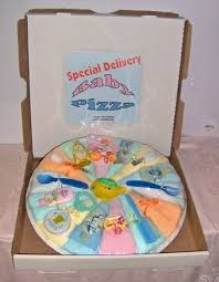 gift ideas for baby shower pizza pastel diapers pizzas and babies
