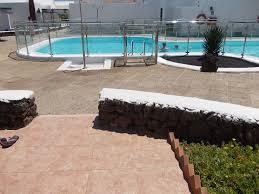 c2343 seafront bungalow level location uk tv free wi fi