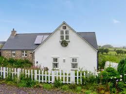 bull bay holiday cottages