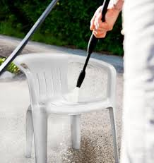 How To Clean Patio Chairs How To Clean White Plastic Deck Chairs Lovetoknow