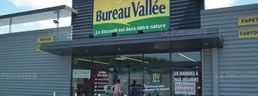 bureau vall villefranche economie bureau vallée s installe dans la zone en chantrans