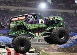 grave digger monster truck videos youtube madusa grave digger monster truck song theme youtube dennis