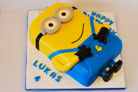 minions cake cakes delivery to karachi send cakes to karachi 3d cakes karachi