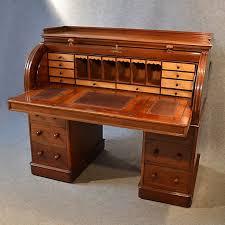 Small Vintage Writing Desk Best 25 Antique Desk Ideas On Pinterest Vintage Writing Desk