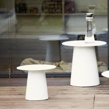jan kurtz hocker feel side table jan kurtz ambientedirect com