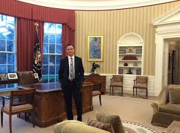 Oval Office White House Aww Check Out Scandal U0027s Fake President In The Real Oval Office