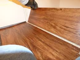 Installing Vinyl Laminate Flooring How To Lay Vinyl Plank Flooring Around A Toilet Twobiwriters Com