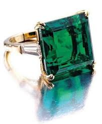 rings emerald images Best 25 emerald rings ideas emerald engagement jpg