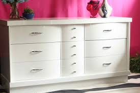Bedroom Furniture Dresser With Mirror by Bedroom Furniture Extra Wide White Dresser Chest Of Drawers For