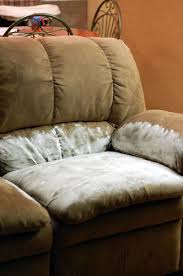 Incredible Leather Settee Sofa Better Housekeeper Blog All Things 50 Cleaning Hacks For Your Home That Will Make Your Life Easier