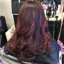 mahoganey hair with highlights it s all the rage mahogany hair color