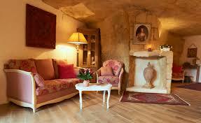chambre d hote tours chambre d hôtes trogloglodyte à vouvray près de rochecorbon 37