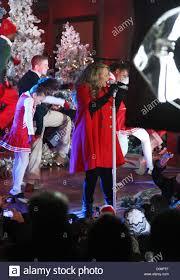 mariah carey performs songs holiday album