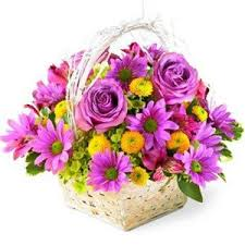 Flowers For Mom Flower Gift Basket Flowers For Mom Gifts And Hampers Online