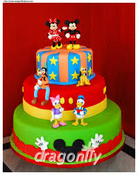 and friends cake 17299 best creative cakes images on biscuits minnie
