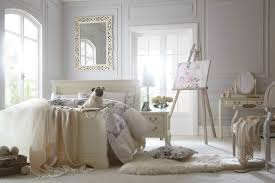 Vintage Bedroom Furniture Bedroom Elegant Vintage Bedrooms Decor Ideas With White Wood