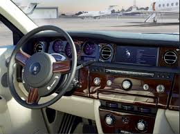Rolls Royce Phantom Interior Features The Best Car In The World The Rolls Royce Phantom A Review