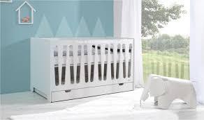 chambre bébé évolutif lit bébé évolutif 70x140 design moon mobilier chambre bébés