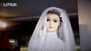 corpse wedding offbeat corpse haunts visitors to wedding boutique