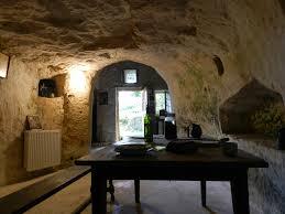 chambre d hote saumur troglodyte troglodytes les maisons troglodytes de forges galerie office