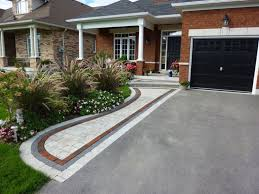 House Walls House With Brick Walls And Concrete Front Yard Driveway Front