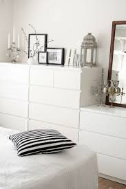 Black And White Room 25 Best Small White Bedrooms Ideas On Pinterest Small Bedroom