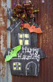cool fall and halloween door hanger decoration halloween door